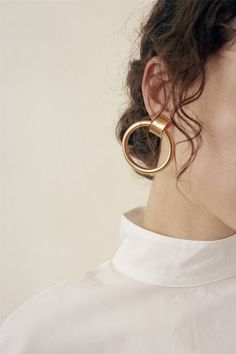 Laura Lombardi / Ruota Hoop Earrings at Found Crystal Jewelry, Crystal Earrings, Gold Jewelry, Jewellery, Jewelry Necklaces, Piercings, Bling, Jewelry Photography, Gold Hoop Earrings