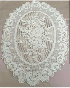 Internet promoting techniques for the business of interior design - Crochet Filet Crochet Bedspread Pattern, Crochet Doily Patterns, Crochet Doilies, Filet Crochet Charts, Fillet Crochet, Crochet Tablecloth, Lace Doilies, Crochet Home, Knitting Designs