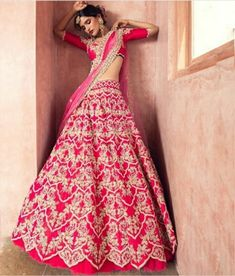 Brand new Anushree Reddy 2019 Bridal Lehengas are here. Whether you are a fan of her style or not, you are going to love her latest designs. Lehenga Dupatta, Lehenga Choli Online, Bridal Lehenga Choli, Sarees, Anarkali, Wedding Lehnga, Bengali Wedding, Red Lehenga, Patiala Salwar