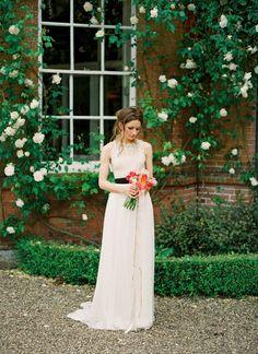 Boho verschönert Spitze und Seide Tüll Elfenbein Hochzeitskleid mit Taschen