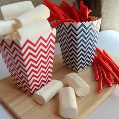 Popcorn boxes rayas azul royal 12 uds. de Dress my Cupcake