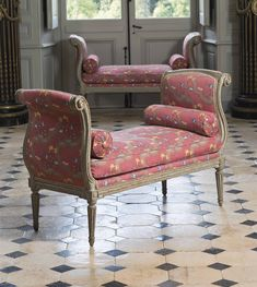A pair of Louis XV-Louis XVI benches stamped by Pierre Bernard, circa Antique Chairs, Antique Furniture, Home Furniture, Painted Furniture, Classic Furniture, Furniture Styles, Sofa Chair, Armchair, Style Français
