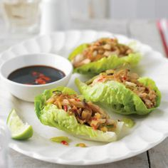Chicken+in+Lettuce+is+a+popular+Asian+dish,+served+in+Chinese,+Thai+and+other+regional+cuisines.++These+simply+wrapped+parcels+are+full+of+flavor+and+easy+to+prepare.