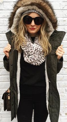 #winter #fashion / Army Coat / Faux Fur Scarf / Black Knit / Black Jeans
