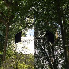 #louisianamuseum #louisiana #modernartmuseum #humlebæk #reflection #arquitectura #arquitecture #nature #mirror by hugoalmendra