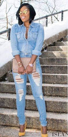 loving the jeans look Denim Fashion, Love Fashion, Girl Fashion, Autumn Fashion, Fashion Looks, Fashion Outfits, Womens Fashion, Fashion Trends, 90s Fashion