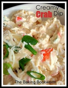 Creamy Crab Dip {from The Baking Bookworm}. An easy dip to whip up for a gathering. Chunks of crab, Parmesan, fresh lemon juice and green onions in a creamy dip flavoured with Old Bay spice. Dip Recipes, Seafood Recipes, Cooking Recipes, Appetizer Dips, Appetizer Recipes, Tasty Dishes, Food Dishes, Crab Dip, Recipes From Heaven
