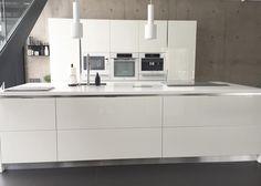 K i t c h e n #kitchen #clean #whitekitchen #modernkitchen