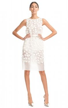 Giambattista Valli - New, Ss Heavy Organza Embroidered Dress Organza Size 12 Wedding Dress For Sale | Still White