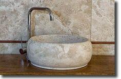 Round stone sink by pietre di Rapolano www.pietredirapolano.com