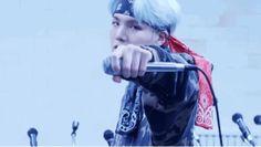 MIC Drop | Gif by CandelaPedrero (@its_cand3laa) |✧    #BTS #LoveYourself #MICDrop #Suga #Yoongi #SteveAoki #Desiigner #Jungkook #Jin #Jimin #RM #V #JHope #MV