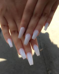 White Coffin Nails, White Acrylic Nails, Nails On Fleek, My Nails, How To Do Nails, Cute Nails, Pretty Nails, Hair And Nails, Olive Nails