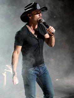 Tim McGraw. Country Fest