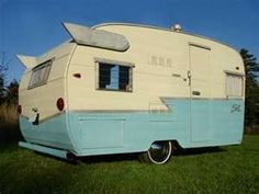 Fixing up my 1962 Shasta Airflyte - Nest Vintage Modern Love Vintage, Vintage Rv, Vintage Caravans, Vintage Travel Trailers, Little Campers, Retro Campers, Cool Campers, Vintage Campers, Happy Campers