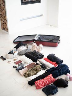 My weekend trip to Amsterdam packing-list Amsterdam Travel, Weekend Trips, Miu Miu Ballet Flats, Packing, Shopping, Fashion, Bag Packaging, Moda, Fashion Styles