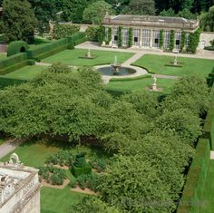 Aerial view of the formal garden laid out in front of the orangery at Longleat -- Credit: Fritz von der Schulenburg/The Interior Archive -- Designer: Capability Brown