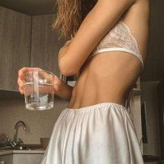 Skinny Inspiration, Body Inspiration, Fitness Inspiration, Aesthetic Body, Aesthetic Clothes, Fitness Motivation, Get Skinny, Summer Body, Poses