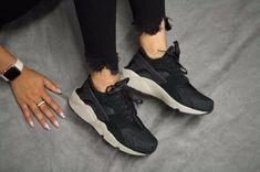 "Women's Nike Air Huarache Run SE ""Black/Dark Grey"" Style:859429-007"