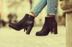Top Twenty Fashion Trends That Still Look Cool Today Suede Ankle Boots, Ankle Booties, Heeled Boots, Bootie Boots, Cheap Boots, Cool Boots, 80s Fashion, Fashion Trends, Female Fashion