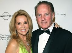 Frank Gifford Dies: NFL Hall of Famer, Sportscaster and Husband of Kathie Lee Gifford Was 84  Kathie Lee Gifford, Frank Gifford