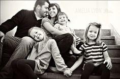 27 Ideas for Family Photos | Posh Poses