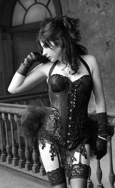 Incredible corset