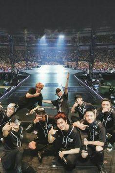What the eve chereography should be called: we show off kai's Body to u thirsty bois The Eve: Exo Kpop Exo, Exo Ot9, Lay Exo, K Pop, Baby Wallpaper, Baekhyun Chanyeol, Btob, Monsta X, Shinee