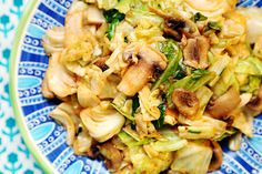 Cabbage_Mushroom_Stir_Fry_Recipe_003 - watch the oil