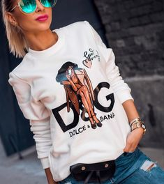 Clothes For Sale, Clothes For Women, Online Clothes, Ootd Fashion, Womens Fashion, Arab Girls, H Style, Divas, Trendy Outfits
