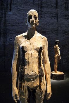 ★ ✯✦⊱ ❤️ ⊰✦✯ ★ Carved and Charred Wood Sculptures by Aron Demetz ★ ✯✦⊱ ❤️ ⊰✦✯ ★