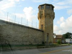 old joliet prison photos We used to live by this prison when I was a little kid, My dad would say gurads were in the towers with guns. Route 66 Road Trip, Travel Route, Joliet Prison, Route 66 Arizona, Abandoned Prisons, Joliet Illinois, What To Do Today, Prison Break, Close To Home