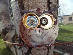 Owl made of all recycled and re-purposed materials   http://www.etsy.com/shop/WondersInWire