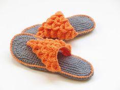 Crochet Dreamz: Woman's Crocodile Stitch Slippers Crochet Pattern, 4 sizes