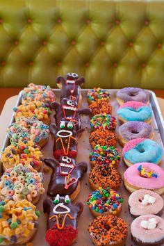 Voo Doo Doughnut  22 SW 3rd Avenue Portland Oregon, U.S.A.