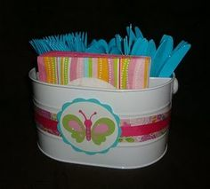 cute idea for napkins and plastic forks