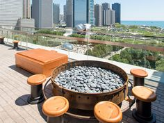 Chicago has some of the most gorgeous scenery in the world, and very few things enhance it than standout food and drink. The spots on this list range from fine dining restaurants in the sky, to...