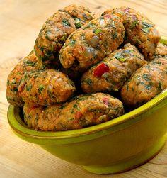 Best of the red lentils. A vegetarian red lentil dish from Turkish cuisine: lentil kofta (mercimek köftesi).  Photo ©Aybige Mert
