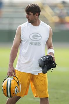 Aaron Rodgers..my future husband...even if only in my mind