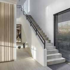 Trappen - modern | Trappen Demunster, Waterven Heule, Trap, Trappen, Houten trap, Betontrap, Designtrap, Ronde trap, Ronde spiltrap, Spiltrap, Kasteeltrap, Klassieke trap, Trap met kuipstuk, Zwevende trap Staircase Handrail, Staircase Design, Small Space Interior Design, Interior Design Living Room, Exterior Design, Interior And Exterior, Concrete Stairs, Stair Landing, Modern Stairs