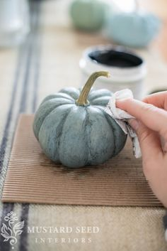 milk paint pumpkins to mimic blue pumpkins Autumn Crafts, Thanksgiving Crafts, Holiday Crafts, Holiday Fun, Thanksgiving Decorations, Christmas Decor, Xmas, Fall Home Decor, Autumn Home