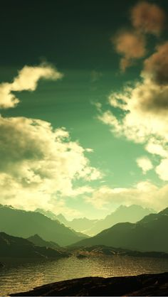Mountain Weather iPhone 5 Wallpaper (640x1136)