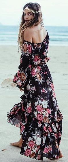Negro floral del hombro del vestido maxi
