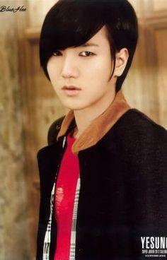 Kim Yesung es un chico de 20 años con una apariencia sexy y acosadora… #fanfic # Fanfic # amreading # books # wattpad