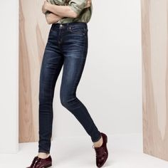 J Crew High Waisted Lookout Jeans Higher rise dark wash jeans! Very flattering with a hint of stretch! J. Crew Jeans