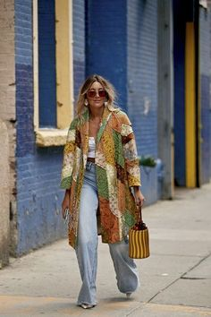 New York Fashion Week Spring 2020 Attendees Pictures - - Attendees at New York Fashion Week Spring 2020 - Street Fashion. New York Fashion, Fashion Week, Look Fashion, Winter Fashion, Street Fashion, Fashion Outfits, Fashion Trends, Tokyo Fashion, India Fashion