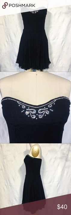 "Free People Beaded Lace & Tulle Little Black Dress Free People Beaded Lace & Tulle Little Black Dress. Stretchy fabric makes it super comfy to wear with beautiful beading just at the top front of bodice. Has 1/4"" gripping elastic around top to help it stay on! Free People Dresses Strapless"