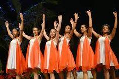 Resultado de imagem para vestidos para danças evangelicas
