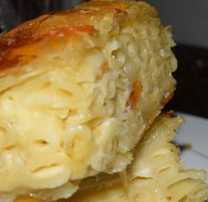 Pasta Pie juste parfait et simple ! Greek Cooking, Fun Cooking, Cooking Recipes, Pasta Recipes, Delicious Vegan Recipes, Yummy Food, Healthy Recipes, Eat Greek, Greek Dishes