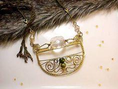 mosadzný náhrdelník, tepaný zlatý náhrdelník, orientálny náhrdelník
