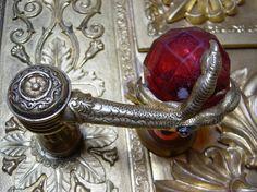Door Knobs and Knockers Black Door Handles, Knobs And Handles, Knobs And Pulls, Cool Doors, Unique Doors, Door Knobs And Knockers, Sculpture Metal, Antique Door Knobs, Door Accessories